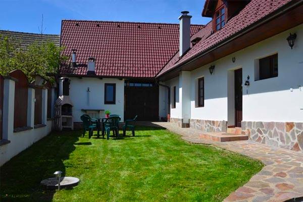 Prodej RD 4+1/G/B, na parcele 507 m2 Horní Střítež, okr. Tábor