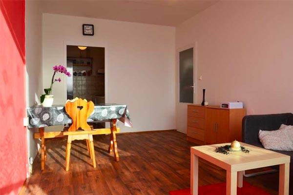 Pronájem bytu 2+kk, 44 m2 Kyselova, Praha 8