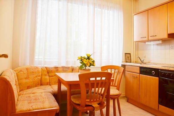 Pronájem bytu 2+1, OV Na Volánové, Praha 6 – Vokovice
