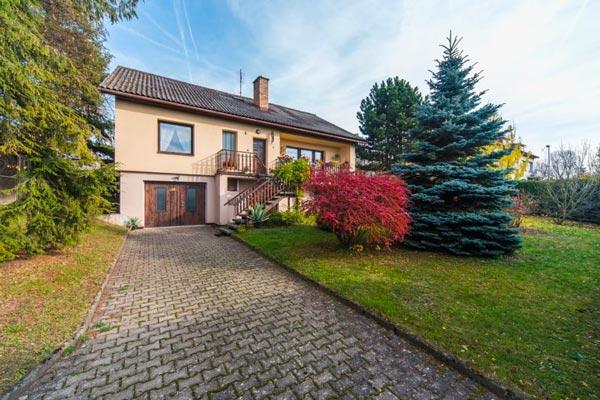 Prodej domu na pozemku 940 m2 Žďár nad Sázavou